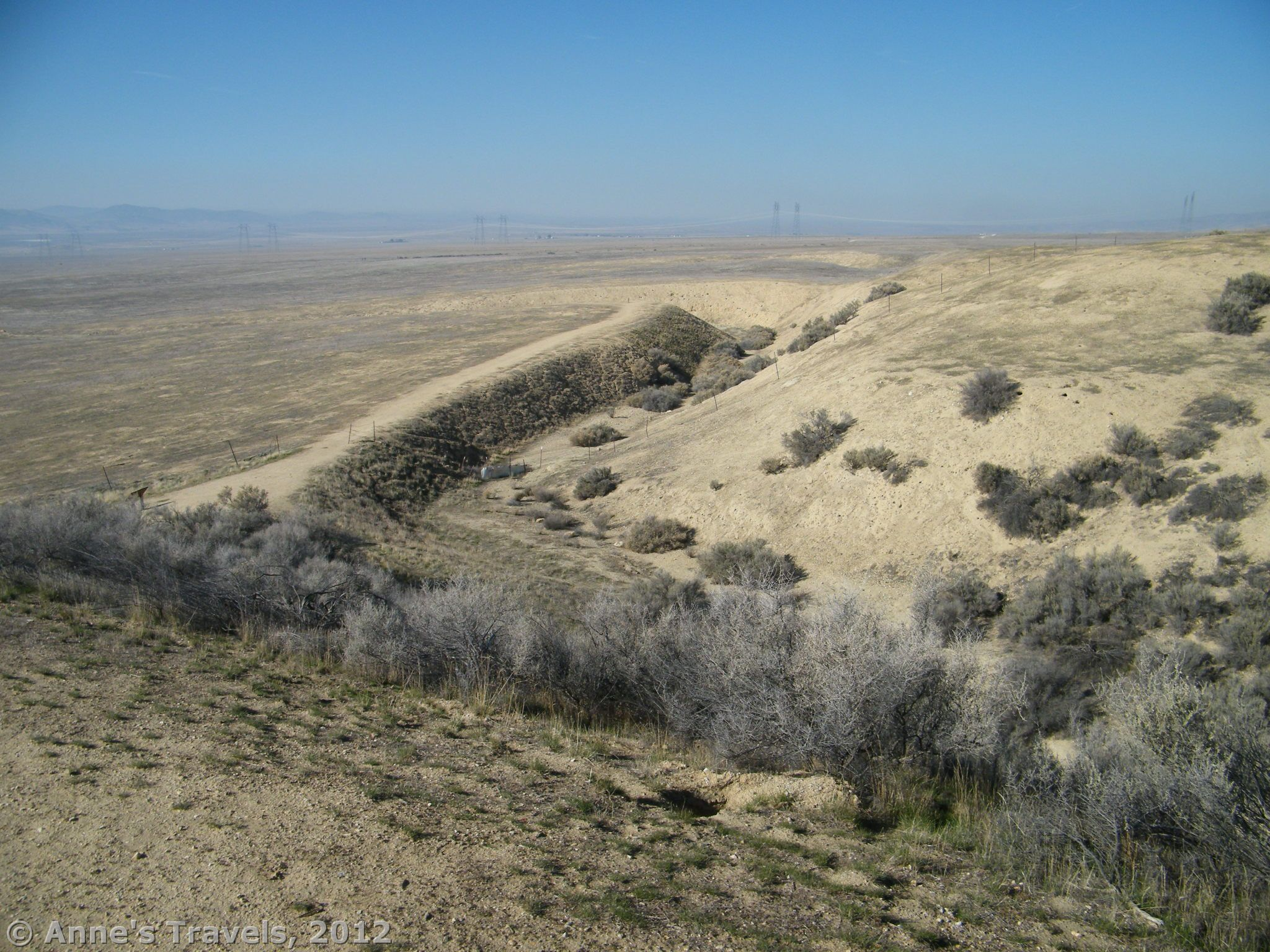 Walk Across A Real Earthquake Fault Line On The Carizzo Plain California Earthquakes 1 Turn Off Gas
