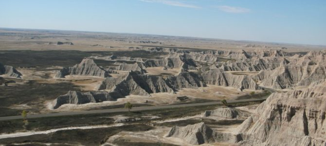 Saddle Pass Trail: Beautiful Views of Badlands