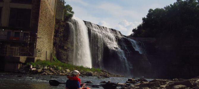 Kayaking the Genesee River to Lower Falls!